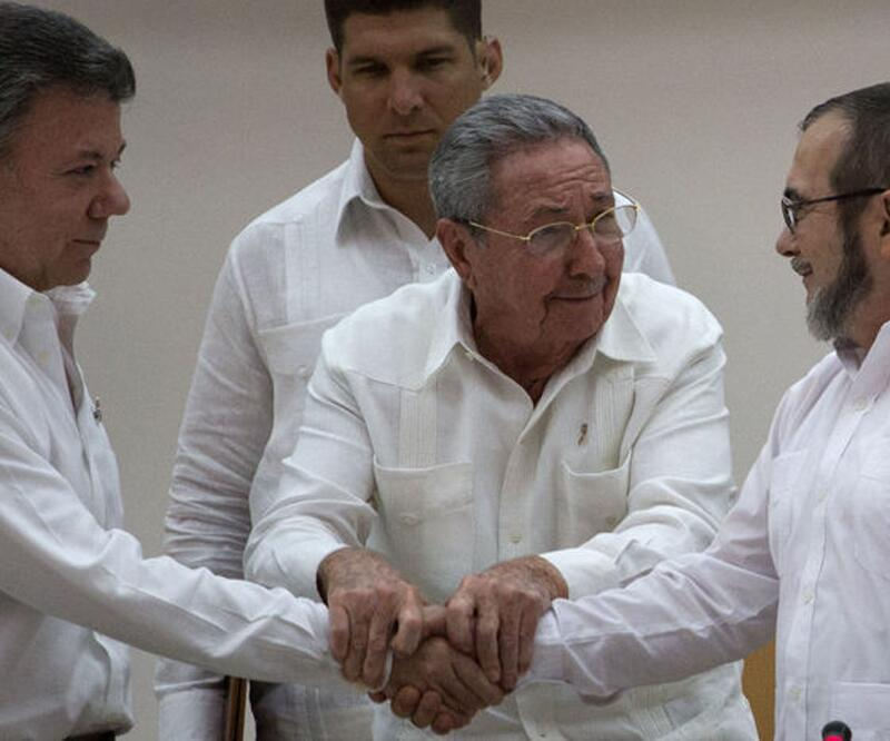 Kolombiya'da FARC'la yeni barış anlaşması imzalandı