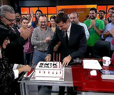 Cüneyt Özdemir, CNN TÜRK'e böyle veda etti