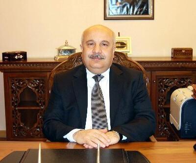 'Kadınlarla tokalaşmak ateş tutmaktan korkunç' diyen rektöre AK Parti'den tepki