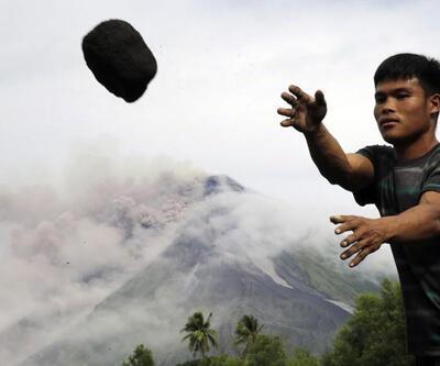 Filipinler'de yanardağ patladı, bölgede tahliyeler başladı