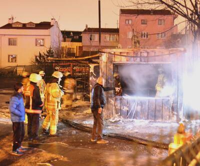 Otopark ofisindeki yangın araçlara sıçradı