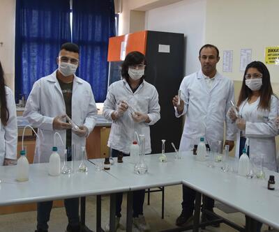 Okullarda üretilen temizlik malzemeleri köylere gönderiliyor
