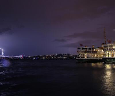 İstanbul'da dakikada 34 şimşek çaktı