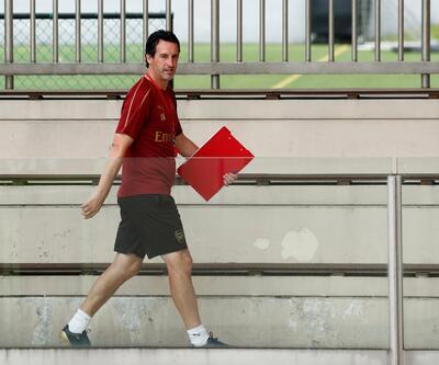 Arsenal menajeri Unai Emery: Mesut Özil için harika bir sezon olacak