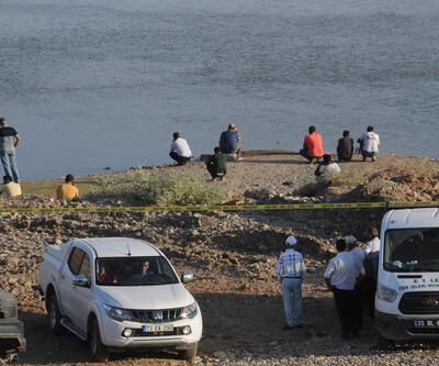 Nehre giren 2 işçi kayboldu