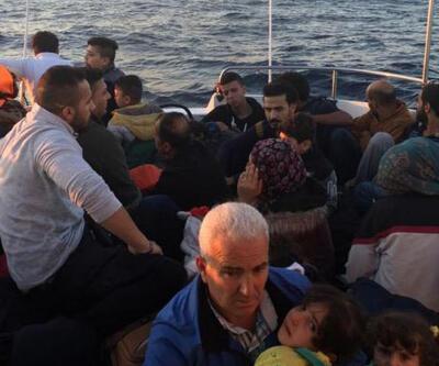 Didim'de lastik botta 32 kaçak göçmen yakalandı