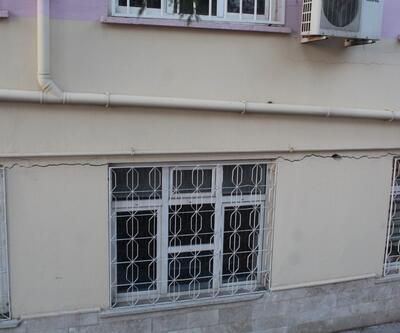Duvarında çatlaklar oluşan okula yıkım kararı