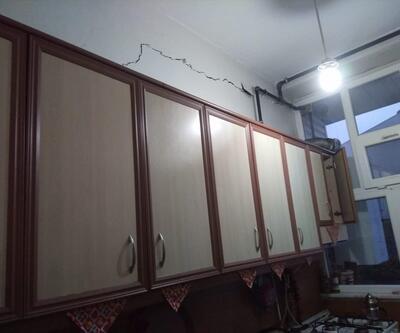 Duvarlarında çatlaklar oluşan binalar boşaltıldı