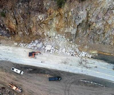 Zigana Geçidi'ne düşen kaya parçaları kazaya yol açtı; sürücüler önlem istedi