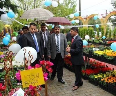 Dinar'da Çiçek Festivali