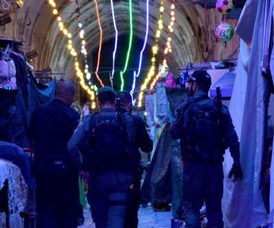 İsrail polisinden Mescid-i Aksa'ya gece baskını