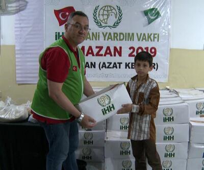 İHH Pakistan'a yardım eli uzattı