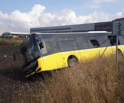 Arnavutköy'de İETT otobüsü kaza yaptı