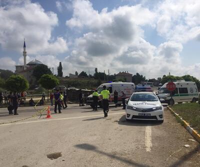 Otomobil ile minibüs çarpıştı: 1 ölü, 4 yaralı