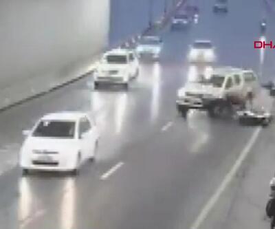 Motosikletçilere sığındıkları tünelde cip çarptı