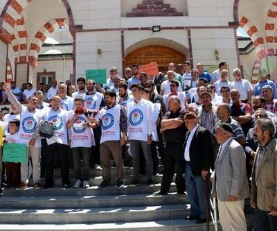 Erciş'te Mursi için gıyabi cenaze namazı kılındı