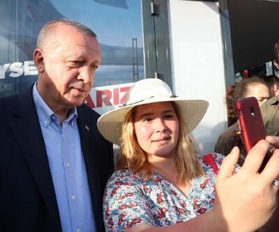 Erdoğan'dan seçim bürosu ziyareti