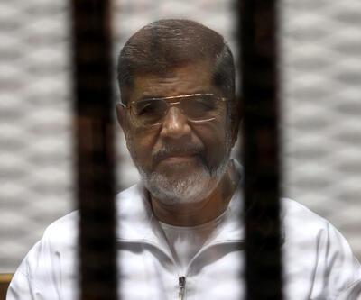 """İngiliz gazetesinden """"Mursi'ye 20 dakika müdahale edilmediği"""" iddiası"""