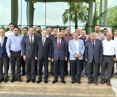Vali Mahmut Demirtaş yaş sebze ve meyve sektör temsilcileriyle bir araya geldi