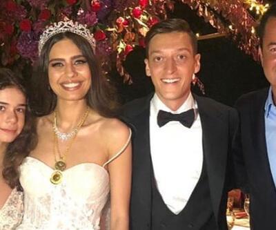 Mesut Özil-Amine Gülşe çifti, Acun Ilıcalı ile yemekte