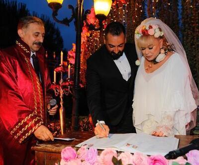 Zerrin Özer'in evi karıştı! Boşanma davası açtı ama...