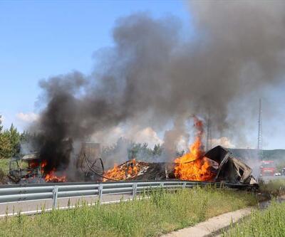 Son dakika... Zincirleme trafik kazası: Araçlar yandı, otoyol çift yönlü ulaşıma kapatıldı