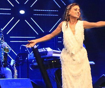 Yıldız Tilbe'den Harbiye Açıkhava konseri