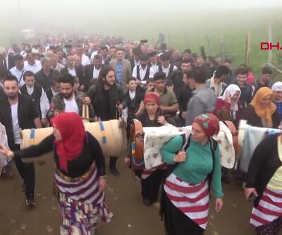 Trabzon'da en renkli yayla göçü