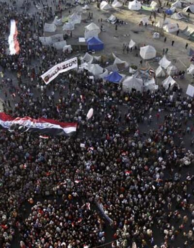 Muhaliflerden Mursi'ye, Mübarek hatırlatması!