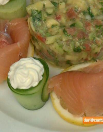 Avokado salatalı somon nasıl hazırlanır?