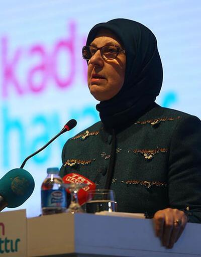 Bakan Sema Ramazanoğlu gözyaşlarını tutamadı