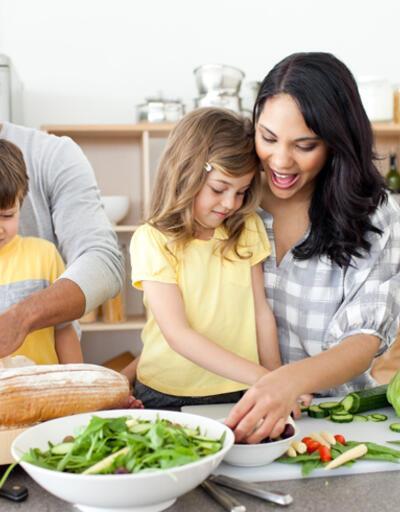 Sağlıklı beslenme ailede öğreniliyor
