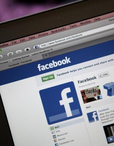 Tayland Facebook'u uyardı: Monarşiyi eleştiren içeriği kaldırın