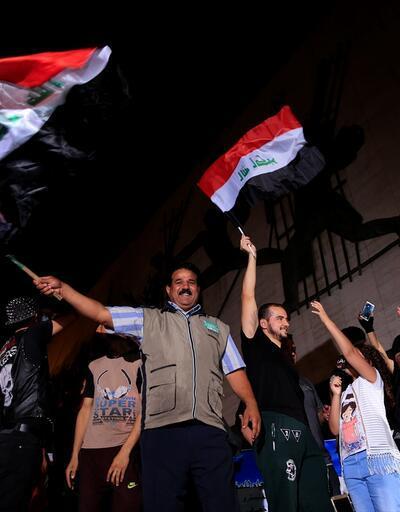 İbadi 'DEAŞ'ı temizledik' dedi halk sokaklara döküldü