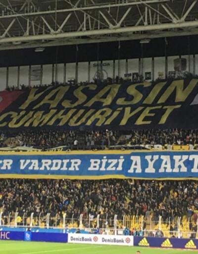 Fenerbahçe'den Cumhuriyet Bayramı pankartı