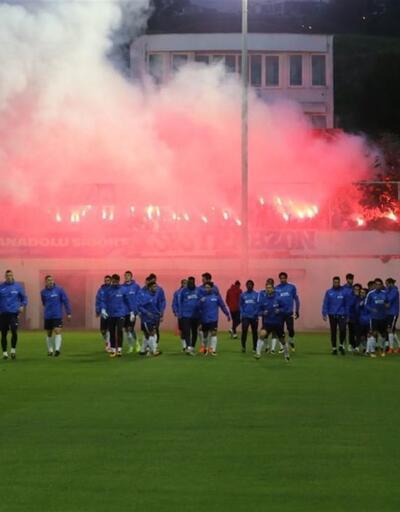 Trabzonspor'a meşaleli destek