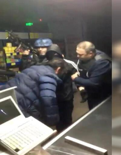 Eyüpsultan'da 6 kişi market çalışanlarını rehin aldı