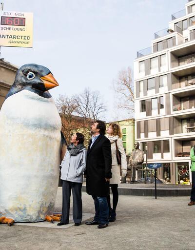 Javier Bardem, Antarktika için Almanya Çevre Bakanı ile buluştu