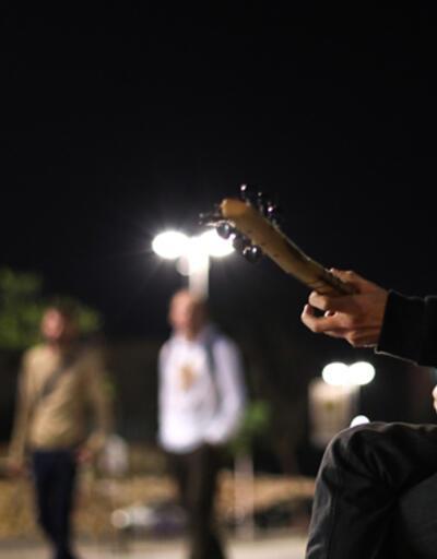 Selda Bağcan'a saz çalmanın hayalini kuruyor