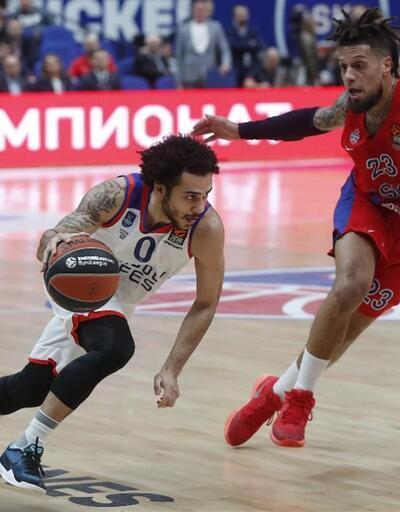 Anadolu Efes 18 sayı farkla CSKA'ya yenildi