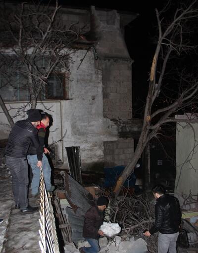 Kayseri'de şiddetli rüzgar korku dolu anlar yaşattı