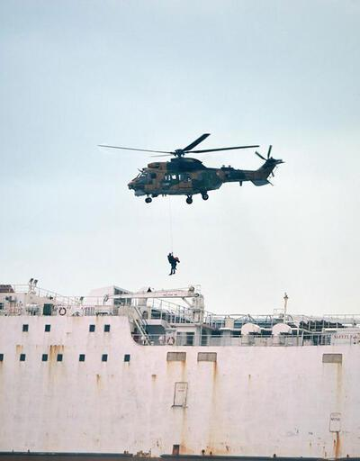Karaya oturan gemide kurtarma operasyonu
