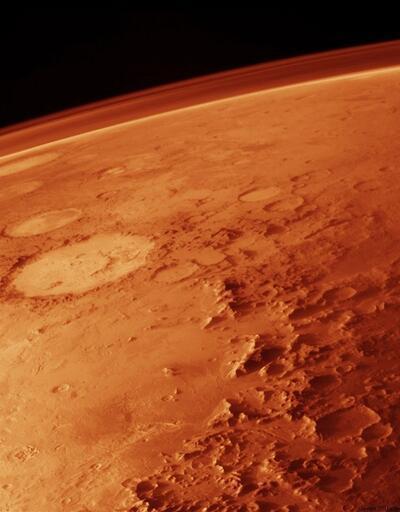 Mars'ta yer altı su ağının izleri keşfedildi
