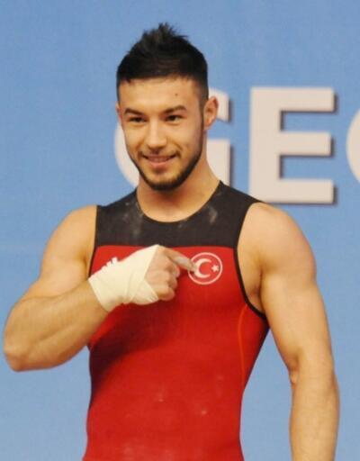 Daniyar İsmayilov altın madalya kazandı