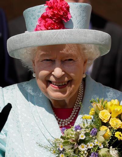 Kraliyet çiftinden şaşırtan karar: İngiltere'den taşınıyorlar