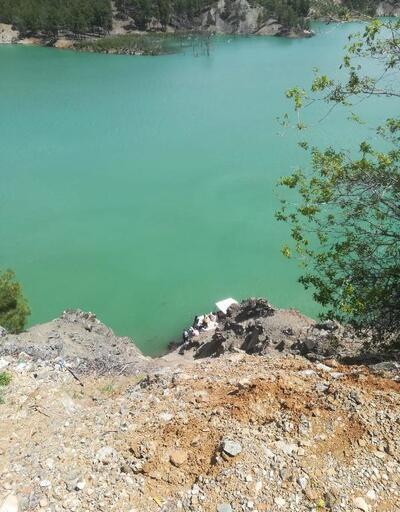 Uçurumdan yuvarlanan patpat, baraja düştü: 1 ölü
