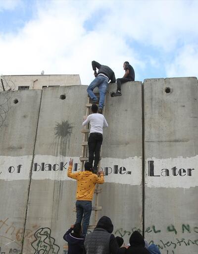 İsrail'den Kudüs'e geçiş engeli
