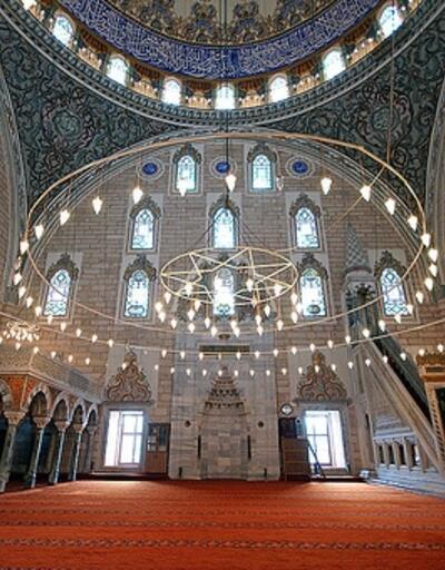 İzmir Cuma namazı saati 17 Mayıs - Diyanet namaz vakitleri: İzmir