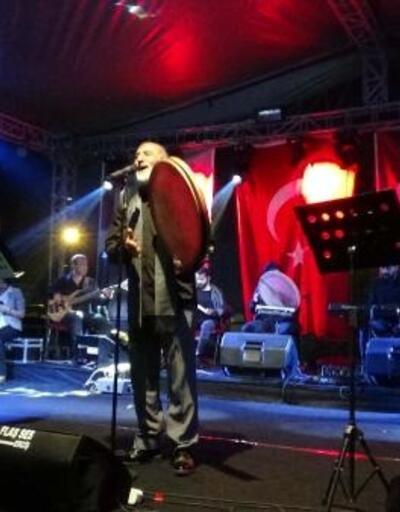 Erciş'te İnci Kefali Festivalirenkli görüntülerle başladı