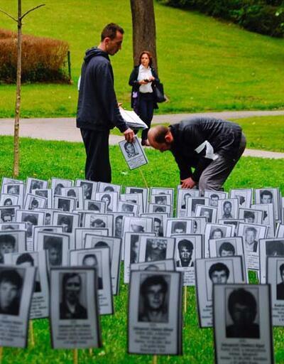 """Bosna Hersek'te """"Beyaz Kurdele Günü"""""""